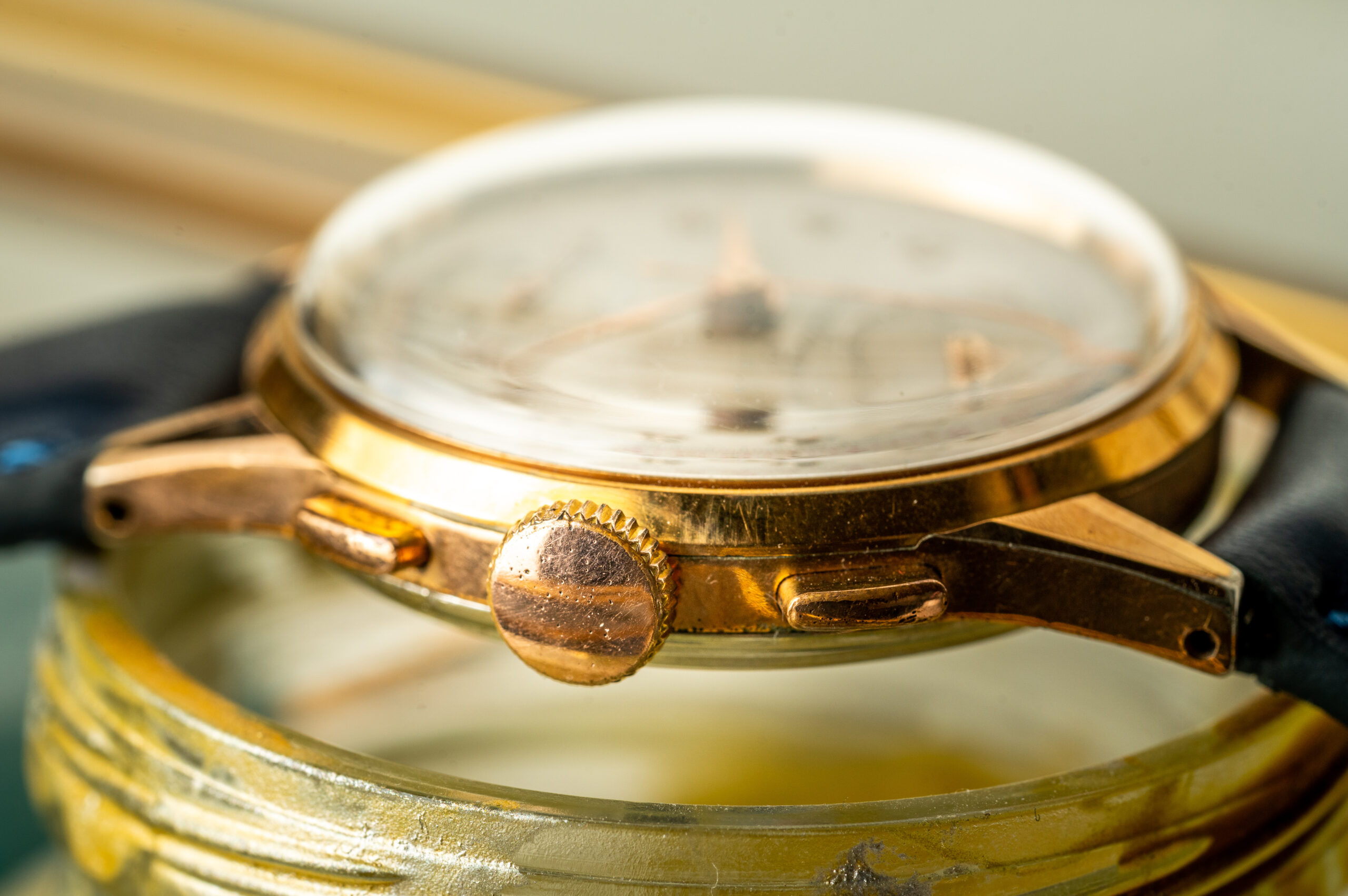 vintage breitling chronograph gold plated crown