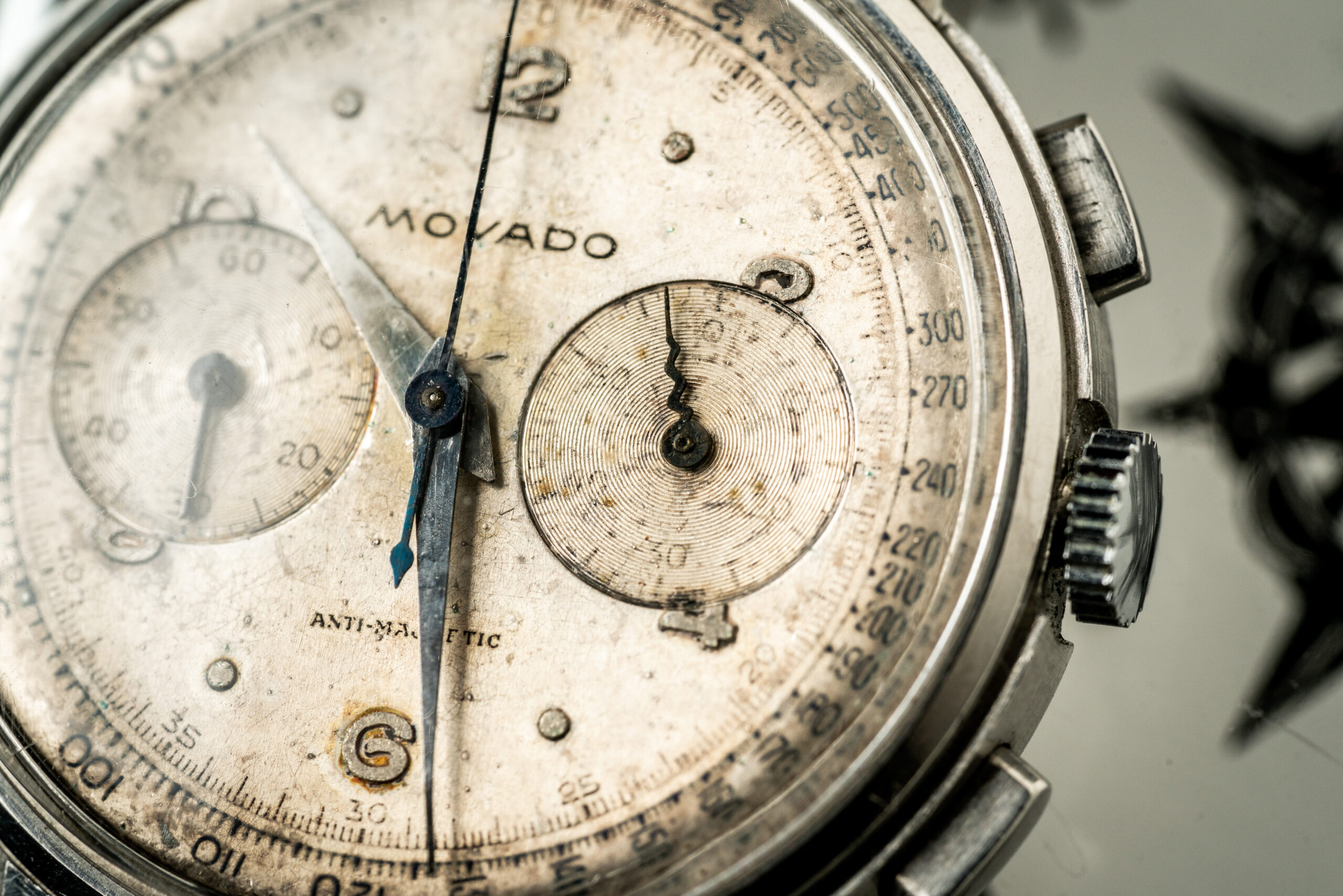 Movado chronograaf 19023 horloge jaren 40 macro