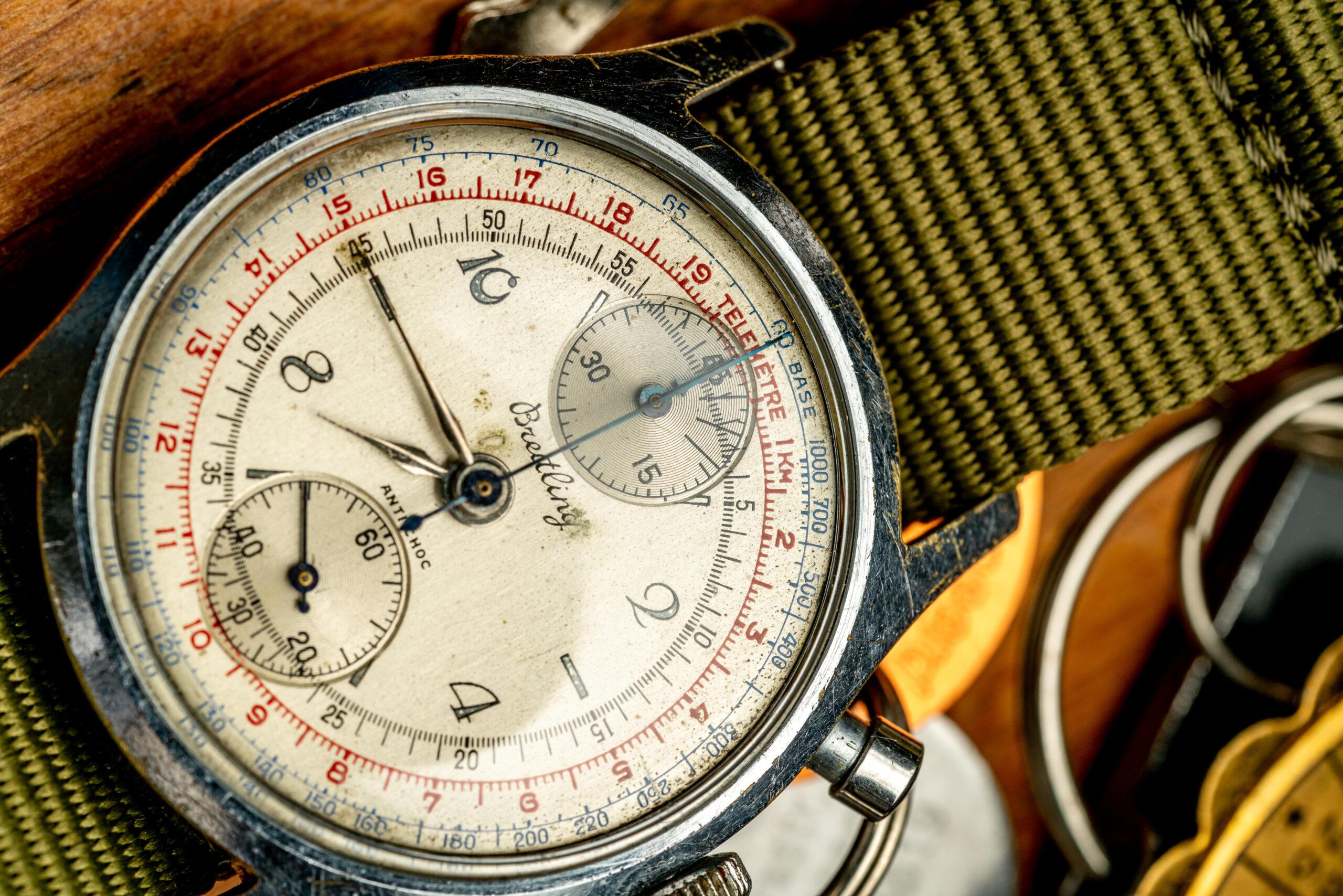 vintage breitling chronograaf verchroomd tachymeter horloge wijzerplaat